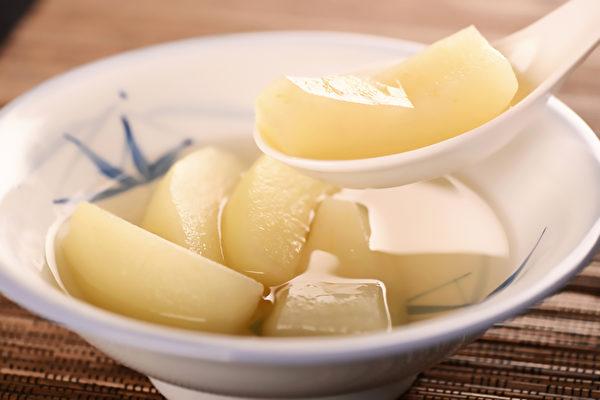咳嗽的时候可以吃些什么水果?