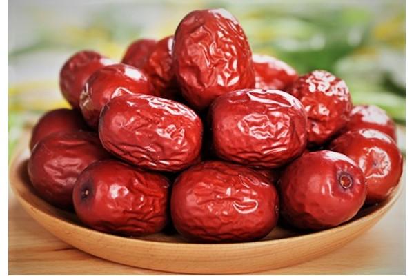 女性经期不宜吃红枣的人群